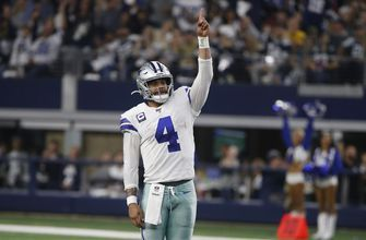 Cowboys' Prescott has eye on present without long-term deal