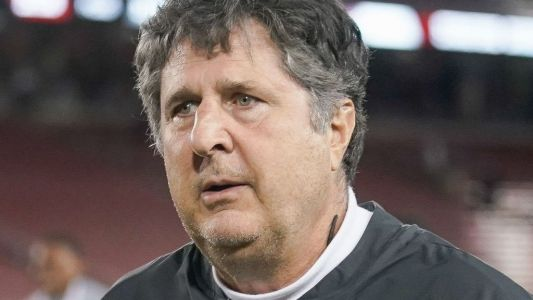 Mike Leach won't let Washington State football team watch scary or sad movies before games