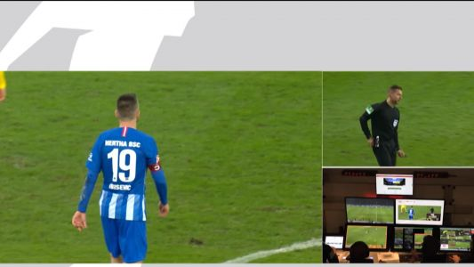Hertha player sent off after throwing ball at head of Dortmund keeper