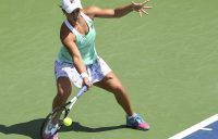 Barty sweeps into Montreal quarters