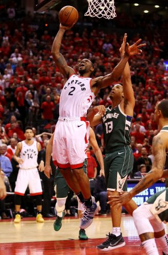 Opinion: Kawhi Leonard saves Raptors' season in double-overtime Game 3 win over Bucks