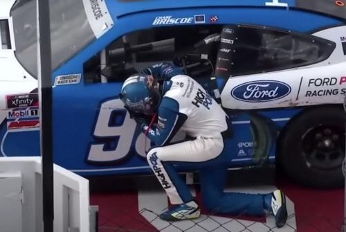 Chase Briscoe gets emotional Xfinity win after death of unborn daughter