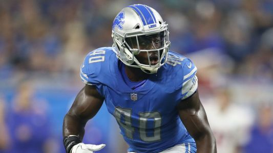 Lions' Jarrad Davis carted to locker room after suffering leg injury vs. Bills