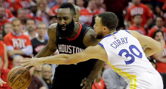 Follow live: Warriors look to steal one in Houston