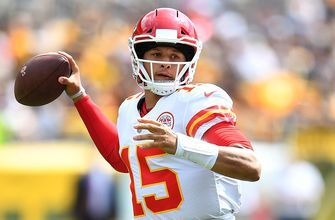 Mahomes already chasing Manning and Brady