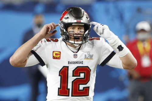 Buccaneers' Tom Brady blasts 'dumb' new NFL jersey number rule
