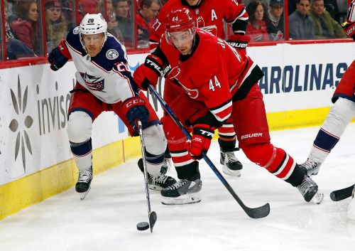 Atkinson's hat trick leads Blue Jackets past Hurricanes 4-1