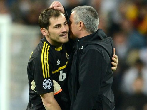 Casillas takes swipe at Mourinho after United lose to Liverpool