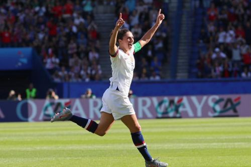 Watch: Carli Lloyd scores twice in America's 3-0 World Cup win over Chile