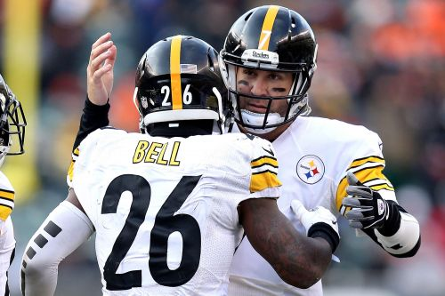 Le'Veon Bell throws gas on Ben Roethlisberger controversy: 'Tough to play with'