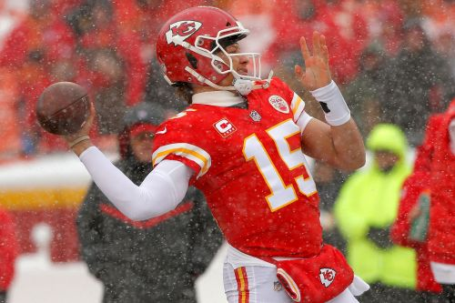 Chiefs vs Patriots: NFL odds, line, prediction for AFC Championship