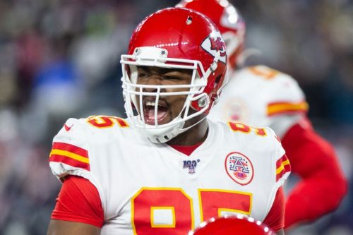 Chiefs agree to $85M extension for defensive tackle Chris Jones
