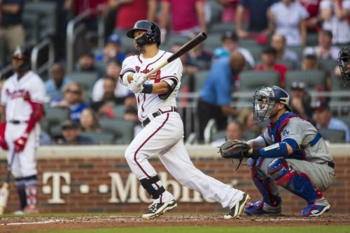 Nationals sign Kurt Suzuki to two-year deal