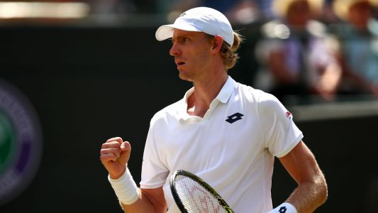 Wimbledon 2018: Kevin Anderson rallies from two sets down to stun Roger Federer
