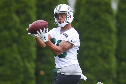 Jets waive former second-round wide receiver Devin Smith
