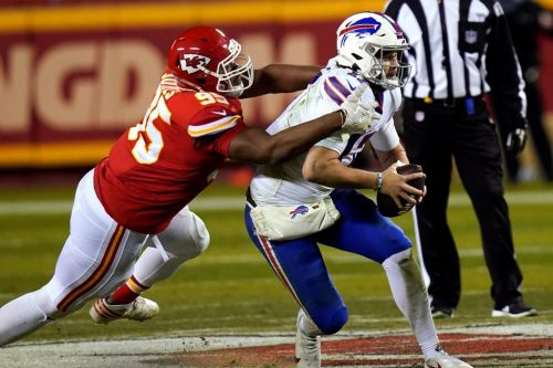 Chiefs toughen up on defence, punch ticket to Super Bowl