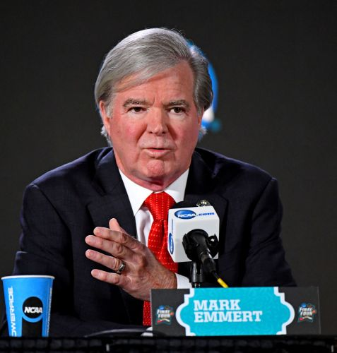 NCAA's Mark Emmert got a nearly $500,000 raise to $2.4 million in compensation in 2016