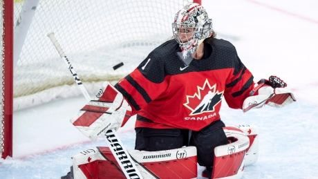 Canadian goalie Shannon Szabados takes move to NWHL in stride