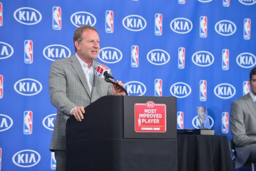 Report: Suns Owner Robert Sarver Threatens to Take Team to Seattle or Las Vegas
