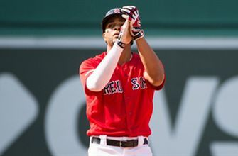 Bogaerts' go-ahead double helps Red Sox snap Astros' win streak