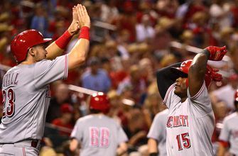 Reds cruise past Cardinals, 9-1