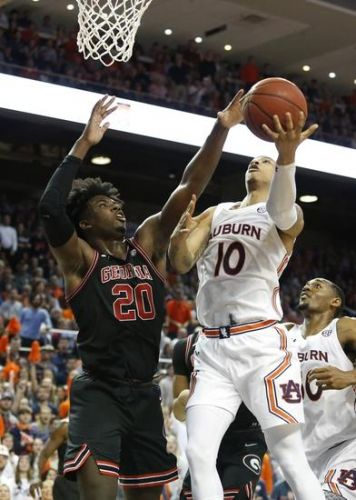 Alabama Crimson Tide vs. Auburn Tigers - 1/15/20 College Basketball Pick, Odds & Prediction