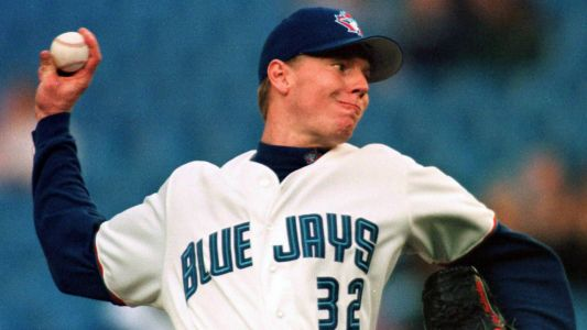 Alomar, Blue Jays rooting for Halladay as he closes in on Cooperstown