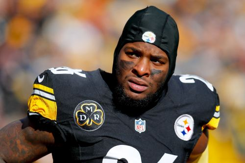 Le'Veon Bell threatening to skip much of year as last-minute ploy