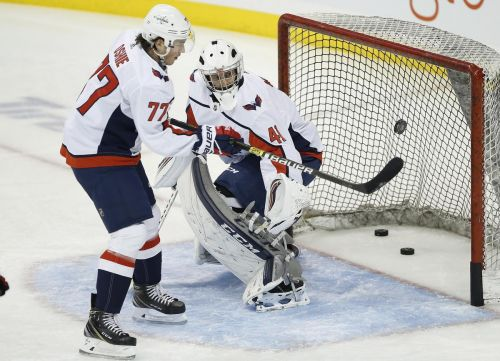 University of Manitoba coach serves as backup goalie for Washington Capitals