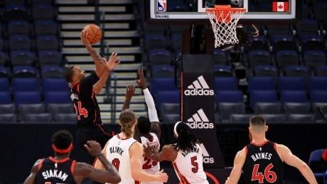 Raptors regroup to defeat Heat after blowing lead