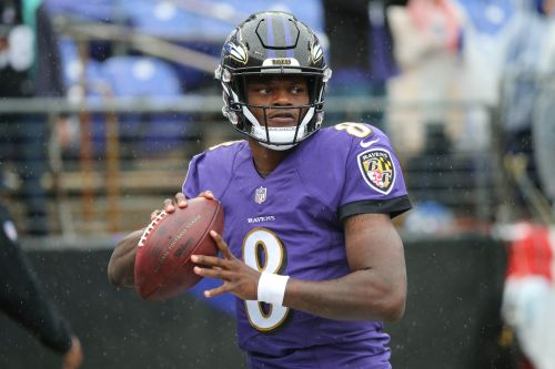 Lamar Jackson to start in place of injured Joe Flacco, per reports