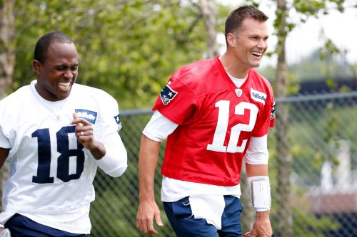 Tom Brady claps back at Twitter troll with hilarious response about his speed