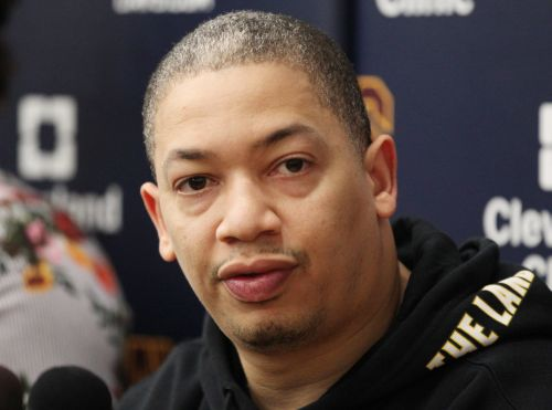 Tyronn Lue not alarmed by Cavaliers' series deficit, 'loves chances' of winning Game 6