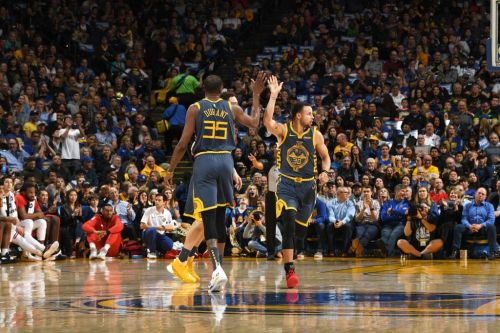 'Why Even Run Plays?' Stephen Curry Torches Dallas for 48 Points