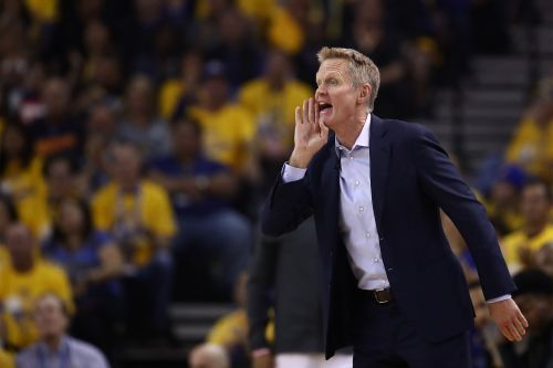 Steve Kerr says GOP 'sold its soul' to Trump, calls on Dems to 'get this right' in 2020