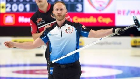Brad Jacobs remains undefeated in pool play at National curling slam