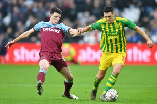 West Ham suffer FA Cup misery, Spurs held at Southampton