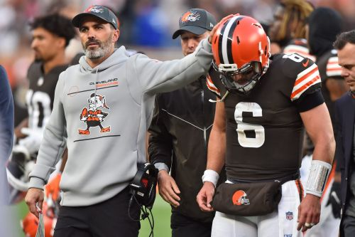 Browns QB Baker Mayfield reveals left labrum has been completely torn since Week 2, still expects to play Thursday