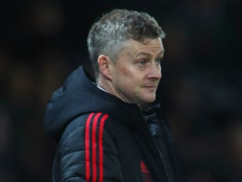 Video: Solskjaer welcomes a special guest as he takes Man United training