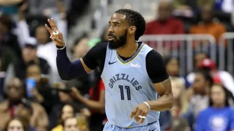 Grizzlies trade Conley to Jazz for 3 players: report