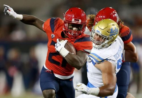 Arizona Wildcats RB J.J. Taylor put on Doak Walker Award watch list