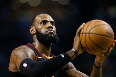 Laker LeBron already in 'mid-season' form, says Magic
