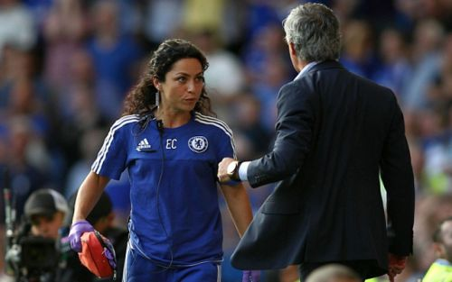 """Sad day"" - Notoriously beautiful ex-Chelsea physio tweets in wake of Frank Lampard sacking"