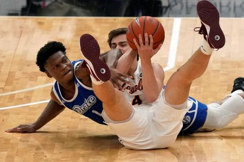 Loyola Chicago gets MVC crown over Drake, 7th NCAA berth