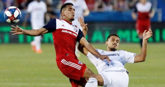 FC Dallas' winless streak drags on as Matt Hedges sees red card in draw against LAFC