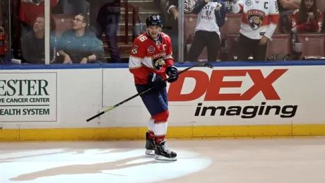 Barkov back into bag of tricks, buries another breathtaking goal