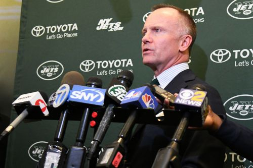 Jets CEO raises expectations while joking of bizarre Super Bowl celebration
