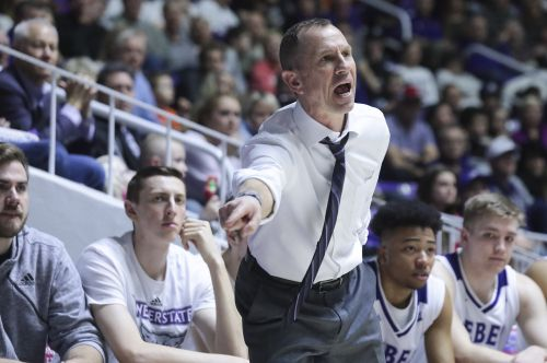 Graves lifts Sacramento State past Weber State 78-76