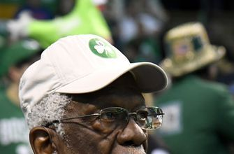 Basketball great Bill Russell hospitalized briefly