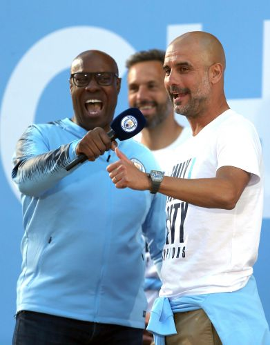 Guardiola signs new Manchester City deal through 2021